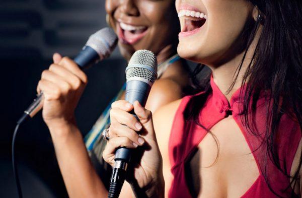 los 10 mejores karaokes